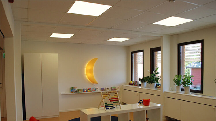 How to choose LED Flat Panel Ceiling Lights